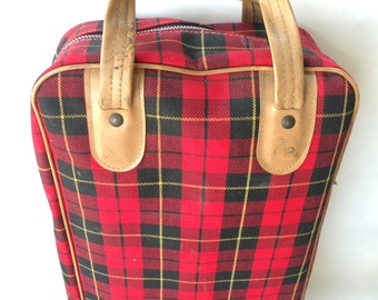 Vintage Lunch Bag Box- with Thermos- Red Plaid Print- Zipper Carry Handle- Hot Drinks