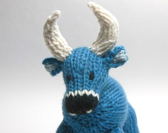Knit Ox Cow Farm Toy, Nursery Decor, Babe the Blue Ox, Waldorf Stuffed Farm Animal Toy Softie Eco-Friendly, Alpaca Wool Natural Fibers