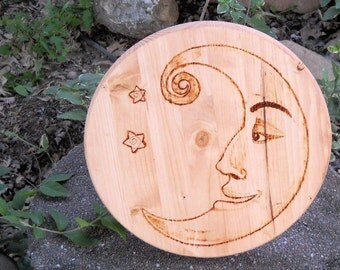 Wood burned cheerful moon wall hanging, Man in the Moon, Moon and stars, Night sky, Celestial plaque, wood burned plaque, wood burned sign