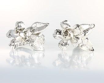 Sterling Rose Earrings jewelry, Silver Rose Earrings, Screw Back, Vintage 1960s flower jewelry