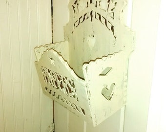 Victorian Fretwork , Wall Pocket , Wooden Paper Holder , Gingerbread , Antique Shabby Chic