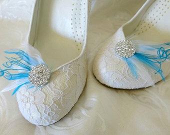 Elegant Bridal Bridemaid Feathered Feather Shoe Clips Rhinestone Accents Something Blue White Set of 2