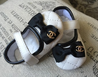 Baby Girl Crib Shoes ,infants white and black  baby soft sole shoes