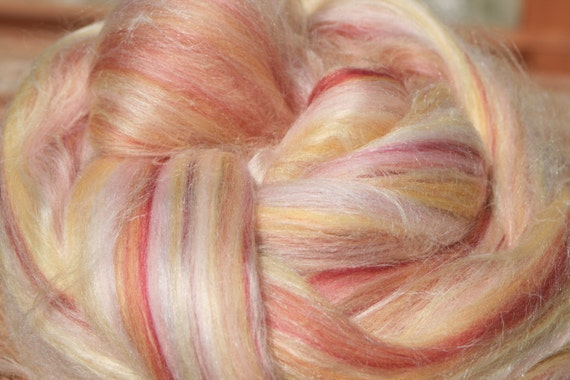 Honeysuckle luxury blend (merino, soybean and silk)