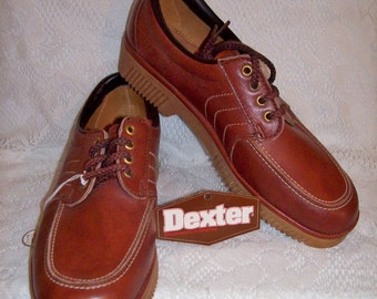 Vintage 1970s Men's Brown Leather Casual Oxfords by Dexter Size 8 NOS Only 10 USD