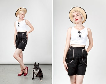 SALE Vintage 1950s NOS Rockabilly Pin Up Cotton Shorts size Medium