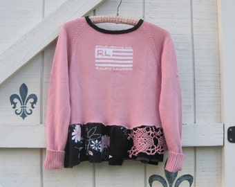 Cropped sweater XS, Casual romantic pink sweater, Victorian lace, Cropped pink sweater, floral pink black, cotton Polo sweater pink,