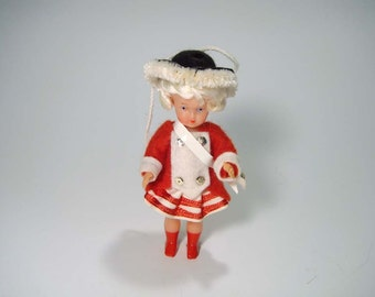 """Vintage Souvenir Cologne Germany Christmas Soldier Ornament Doll Hessian Gruss Aus Koln """"Welcome to Cologne"""""""