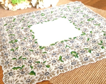 Vintage Hanky Linen Daisies Farmhouse Wedding Hankie Cottage Chic Bride's Hanky Bridesmaids Wedding Handkerchief  13+""