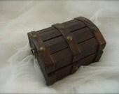 Vintage treasure chest ring bearer box,  treasure chest ring box, vintage treasure chest coin box, coin box