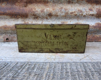 Vintage Metal Industrial Reflector Flare Box Storage Shabby Distressed Steel Box 1940s Era Auto Car Truck Rusted Aged Patina Chippy Green