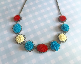 Necklace with resin cabochons