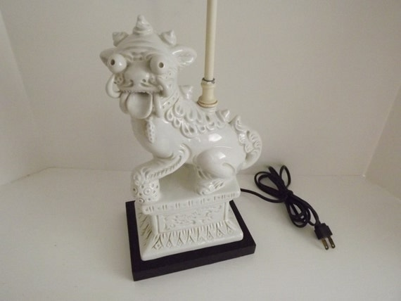 Vintage White Male Foo Dog Table Lamp Protection Amp Good Luck