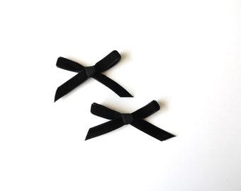 Black Daphne Petite bow clips - Set of 2 - Pigtail bows - Mini Velvet hair clip set - dainty and Dapper