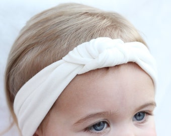 Solid White Knot Turban, Baby Hair Accessory, Baby Hair Bows, Toddler Hair Turbans, Newborn Photo Props, 4th of July Headband