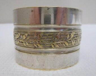 Vintage Silver Plate Napkin Ring French Laurel Leaf Design