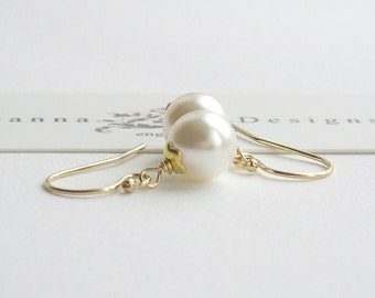 Classic Pearl Bridal Earrings, 14k Gold Filled, CUSTOM COLOURS, Wedding earrings, Pearl Earrings, Bridesmaids Gifts