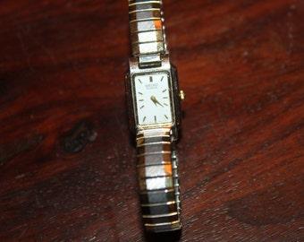 Vintage SEIKO Quartz Watch, works well