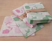 Vintage Floral kraft paper gift bags /100 pcs of green and pale violet red rose pattern