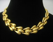SALE ANNE KLEIN Signed Vintage Wide Triple Teardrop Link Choker from the 1980's in Bright Shiny Gold Tone Finish.