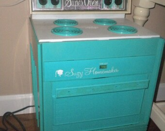Reduced.....RARE Vintage Teal Suzy Homemaker Stove/Oven, Antique Toys, Toy Collector
