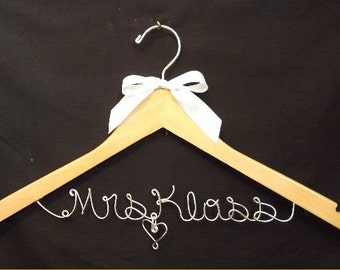Personalized Wedding Hanger one Line, Custom Bridal Hanger, Brides Hanger, Bride, Name Hanger, Wedding Hanger, Personalized Bridal Gift