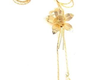 Vintage Flower Necklace Golden Hue Slider Style Beauty Mesh Rose Center