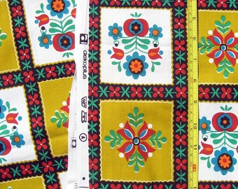 Vintage Fabric, Mid Century Fabric Remnant, 1960s 1970s Retro Cotton Fabric or Tablecloth, Dekoplus Fabric, Geometric Floral Pattern Squares