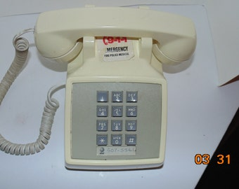 Vintage Western Electric AT&T 12 Push Button touch tone Desk Telephone Beige cream 2500DMG