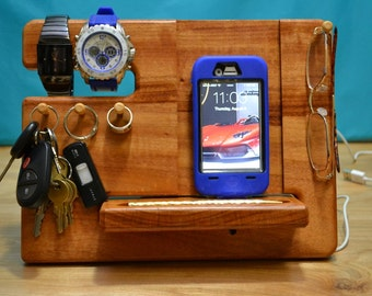 Custom iPhone Docking Station Wood