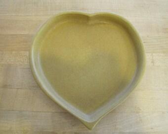 Gold Bennington Pottery Heart Plate, Bennington Pottery, Mustard, Gold, David Gill, Vermont, American, Art Pottery, Plate, Pottery, Heart