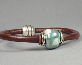 Brown leather bangle bracelet, Green Kazuri bead, African bead, Magnetic clasp, CarolMade L41