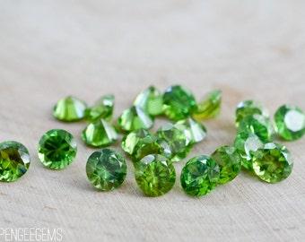 5mm Emerald Green CZ gemstones. green gem cubic zirconia round brilliant cut