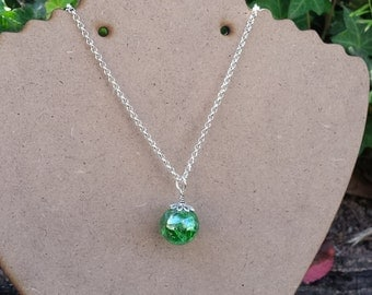 Cracked Glass Marble Necklace. JADE GREEN.