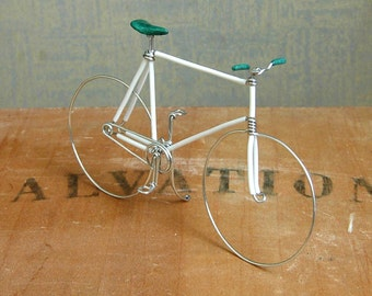 White Fixed Gear Wire Bike