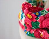 floral wool scarf, vintage Russian shawl, Russian cowl scarf, floral garlands, folk scarf, East European shawl, Ukrainian scarf wool 147