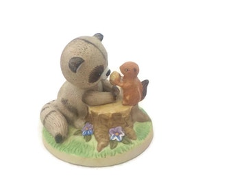 Enesco Raccoon Friends of the Forest Lets Share