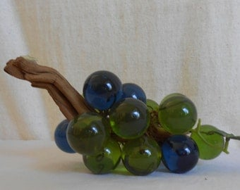 Vintage Lucite Blue and Green Grapes Cluster