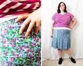 Plus Size - Vintage Purple Ditsy Floral Print 6-Gore Skirt (Size XL 12/14)