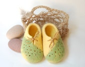 Baby Booties in crochet jute bag Kids felted shoes Unisex baby boots Wool shoes for kids Handmade gift for Newborn Baby Reveal-4 US (baby)