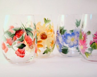 Hand Painted Floral Mixed Flowers- Stemless Wine Glasses- Set of 4 Hand Painted Glasses- Floral Wine Glasses