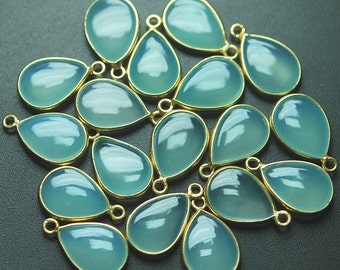 925 Sterling Vermeil Silver,AQUA Chalcedony Smooth Pear Shape Pendant,10 Piece of 18mm