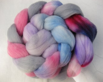 Pastelly - Polwarth roving in pink,blue,purple,grey