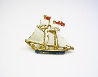 Vintage Tie Tack / Tie Pin / Sailship / Enamel / Windjammer / Formal Wear / Men Wedding Jewelry / Tie Accessory / Tie Tac / Lapel Pin