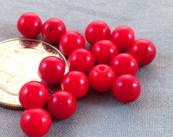 50 Vintage Cherry Red Czech Round Glass Beads 6mm