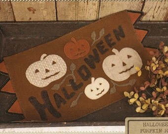 Primitive Wool Applique Pattern - Halloween Pumpkin Mat Wool Applique Pattern