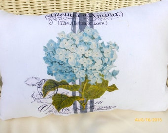 Blue Hydrangea pillow - Paris pillow - Vintage French Pillow - Decorative Throw Pillow -Accent pillow - Blue and White