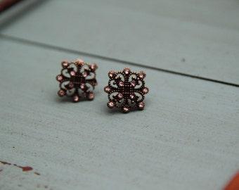 Gold Metal Filigree and Diamond Earrings!