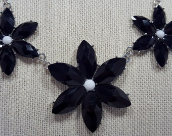 Black and white statement necklace & earring set