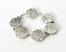 Silver disc bracelet, Beaded Bracelet, Chunky Silver Bracelet